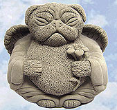 angel_pug_dog_statue